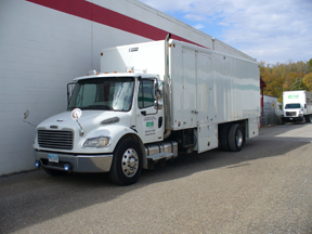 2007 Ultrashred Freightliner